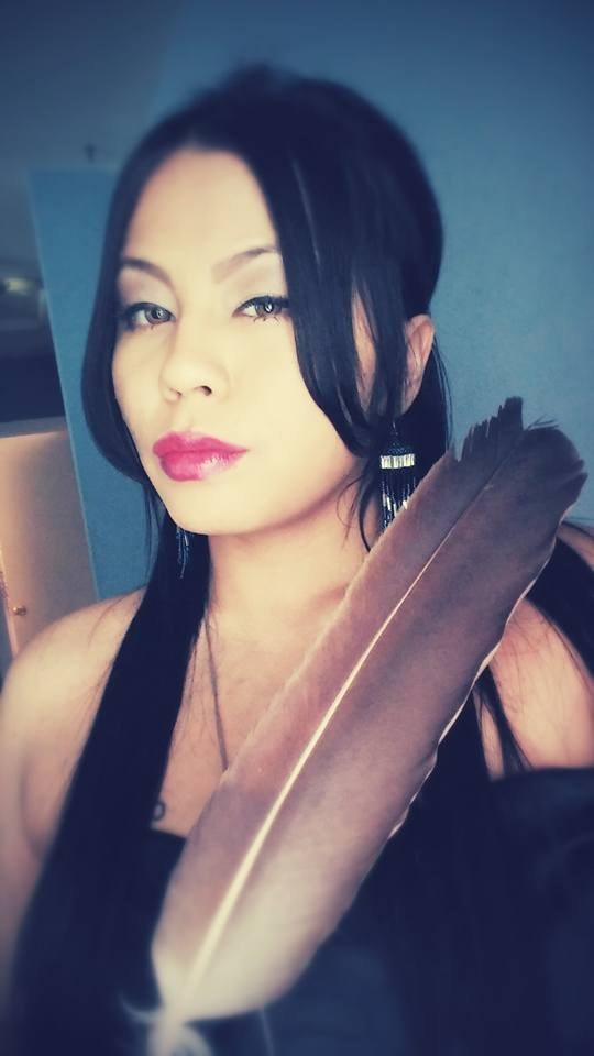 You'll Never Want To Be Quiet Again After Listening To This Indigenous Woman's Powerful Poem