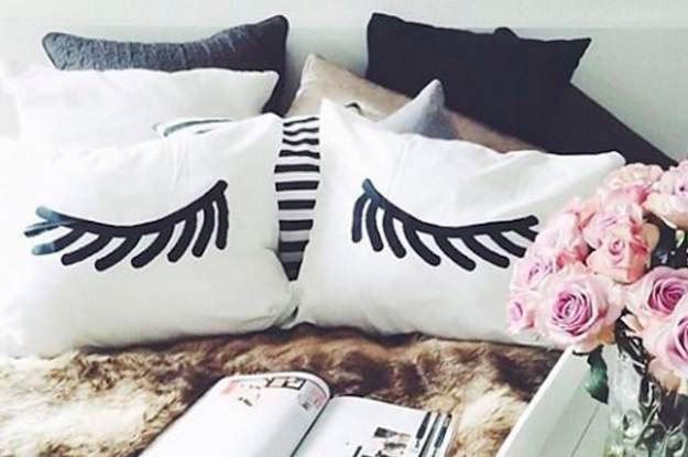 No Headboard 19 ways to decorate your bed without a headboard