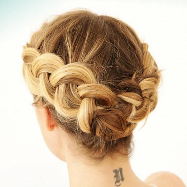 Прическа из косичек на короткие волосы своими руками