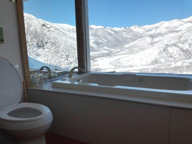 Este banheiro de inverno em Midway, Utah: