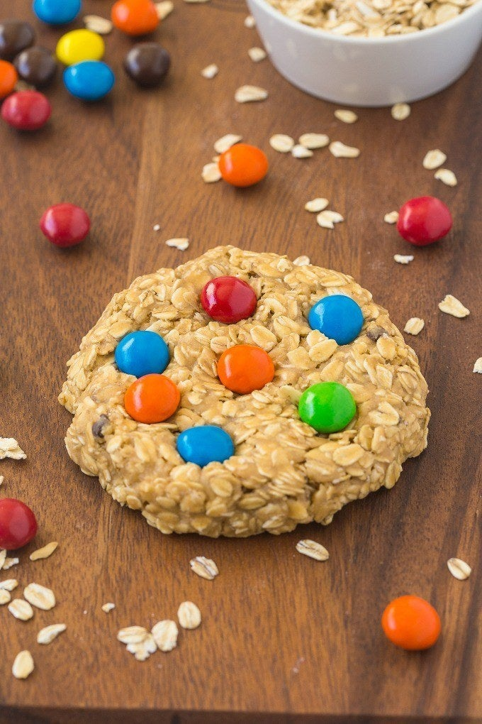 This cookie is ready in just FIVE minutes! Get the recipe here!