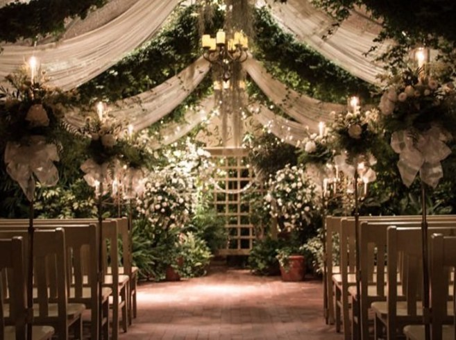 14 incredible airbnbs where you can get married without for Beautiful gardens to get married in