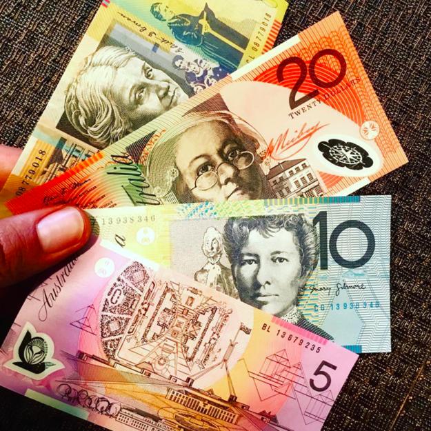 El dinero en otro país:
