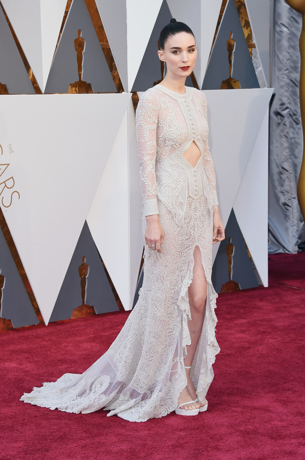 Rooney Mara en Givenchy.