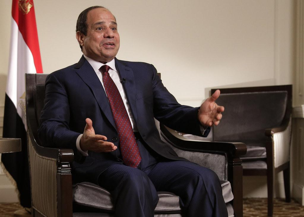 The President Of Egypt Actually Drove A Motorcade Down A Red Carpet