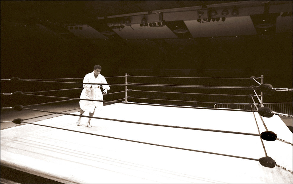 15 Unseen And Candid Photos of Muhammad Ali From His Private Photographer