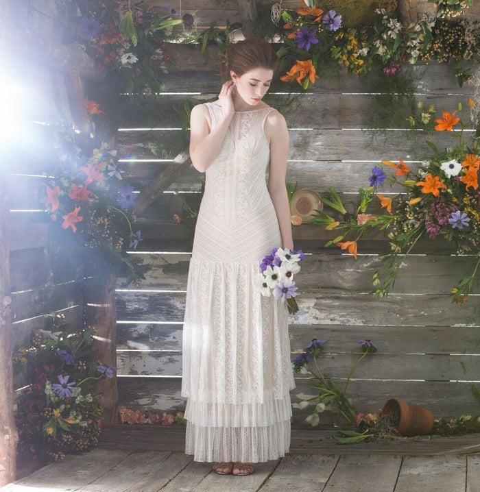 The wedding dresses range from $150–$400.