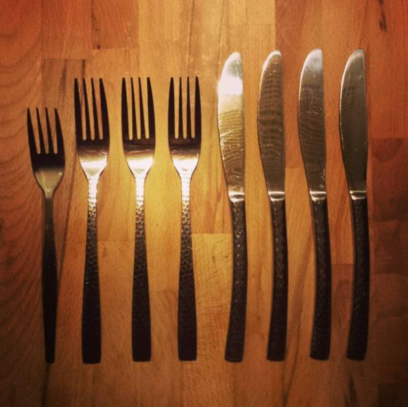 Ese tenedor no va ahí.