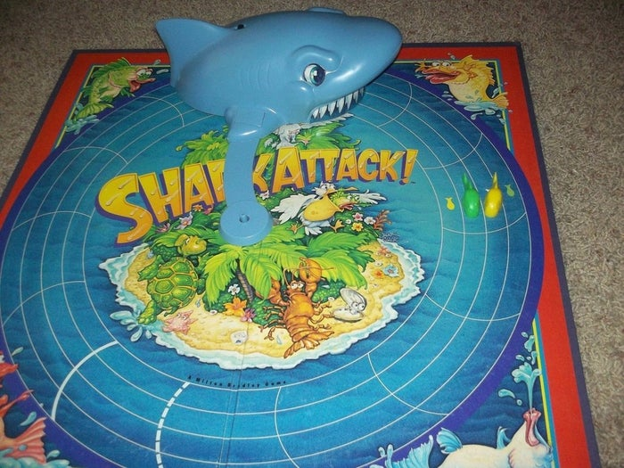 Qué parecía: Una frenética carrera contrarreloj; el 'Sharknado' de los juegos de mesa.Qué era: La oca con un tiburón; el 'Sharknado 3' de los juegos de mesa.