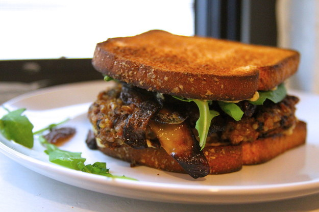 Crispy Quinoa Black Bean Burger