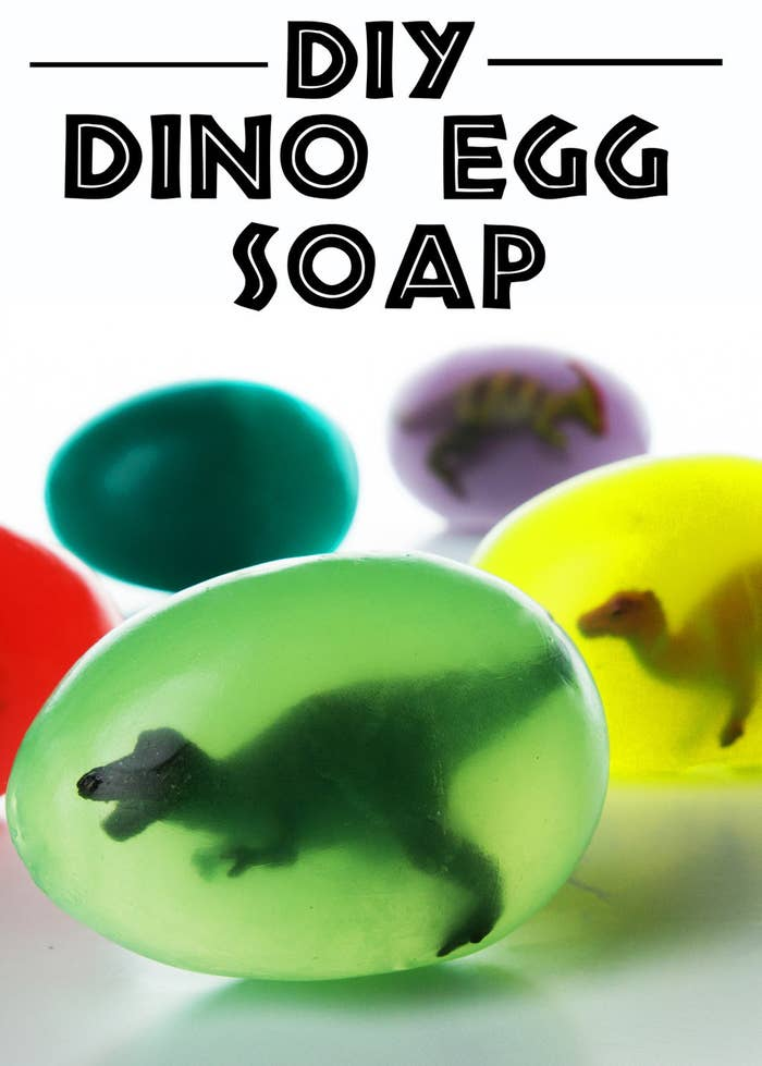 original 7328 1458236985 4 - 10x DIY Dino eggs op verschillende manieren! Let the fun begin!