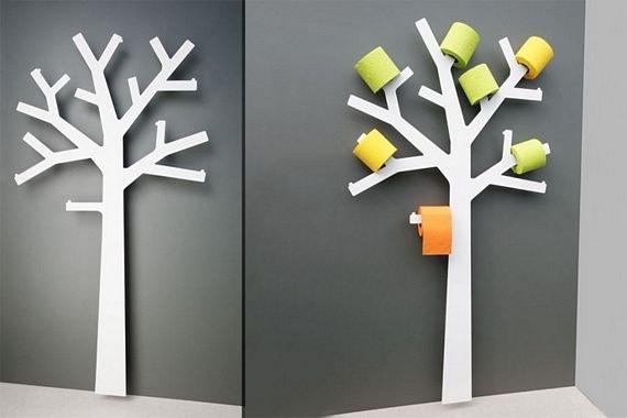 Resuelve el problema de almacenar el papel higiénico en un lugar feo con este hermoso soporte con forma de árbol.