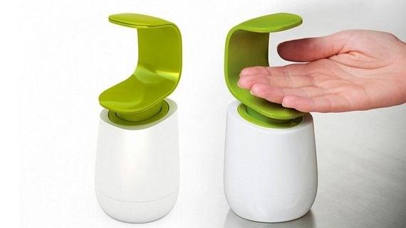 Dispensa tu jabón de una forma fácil e higiénica con este dispensador para una sola mano.
