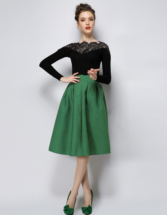 This twirly green skirt with the sweetest scalloped waist.