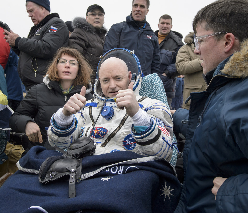 Scott Kelly Landing On Earth Will Give You Astronaut Goals