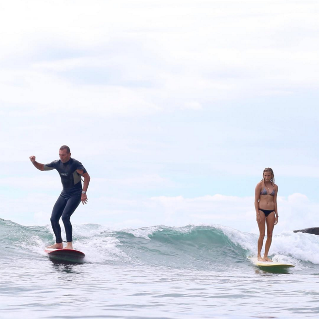 This Girl Had Her Wave Stolen By Tony Abbott So She Threw Some Epic Side-Eye