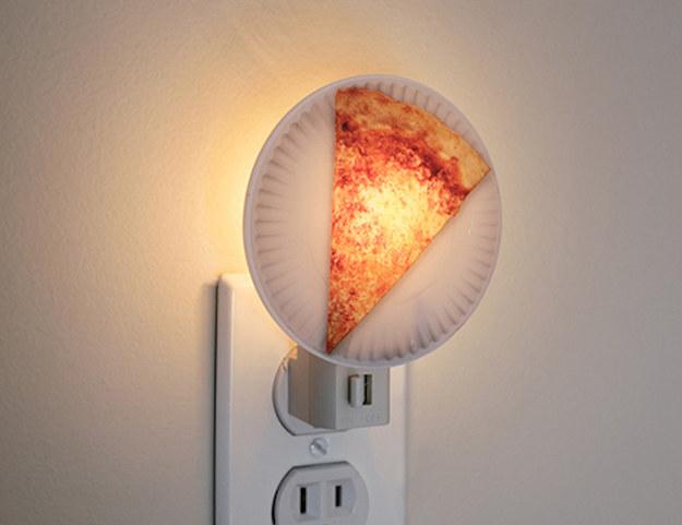 O esta veladora que va a ayudarte a conciliar el sueño soñando con pizza.