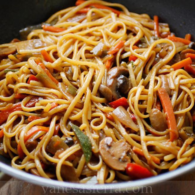 16 deliciosas recetas de comida china que puedes hacer en casa for Resetas para preparar comida