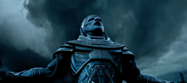 En Sabah Nur (Oscar Isaac) is looking to bring about the end of the world, but to do so, he needs to pick four mutants to act as his Four Horsemen of the Apocalypse.