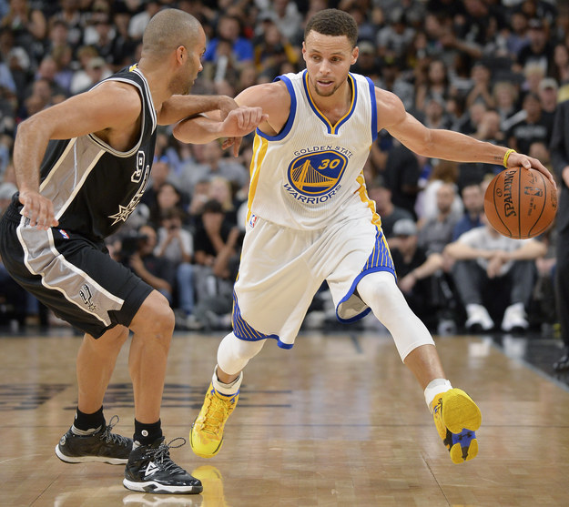 The Golden State Warriors won their 72nd game of the season on Sunday, tying them with the NBA record.