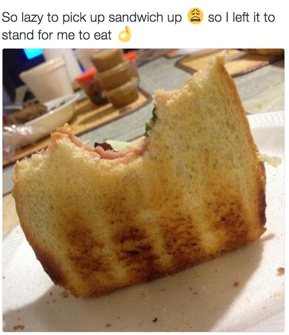 Y si decides usar pan, sostener el sándwich es sin duda demasiado esfuerzo.