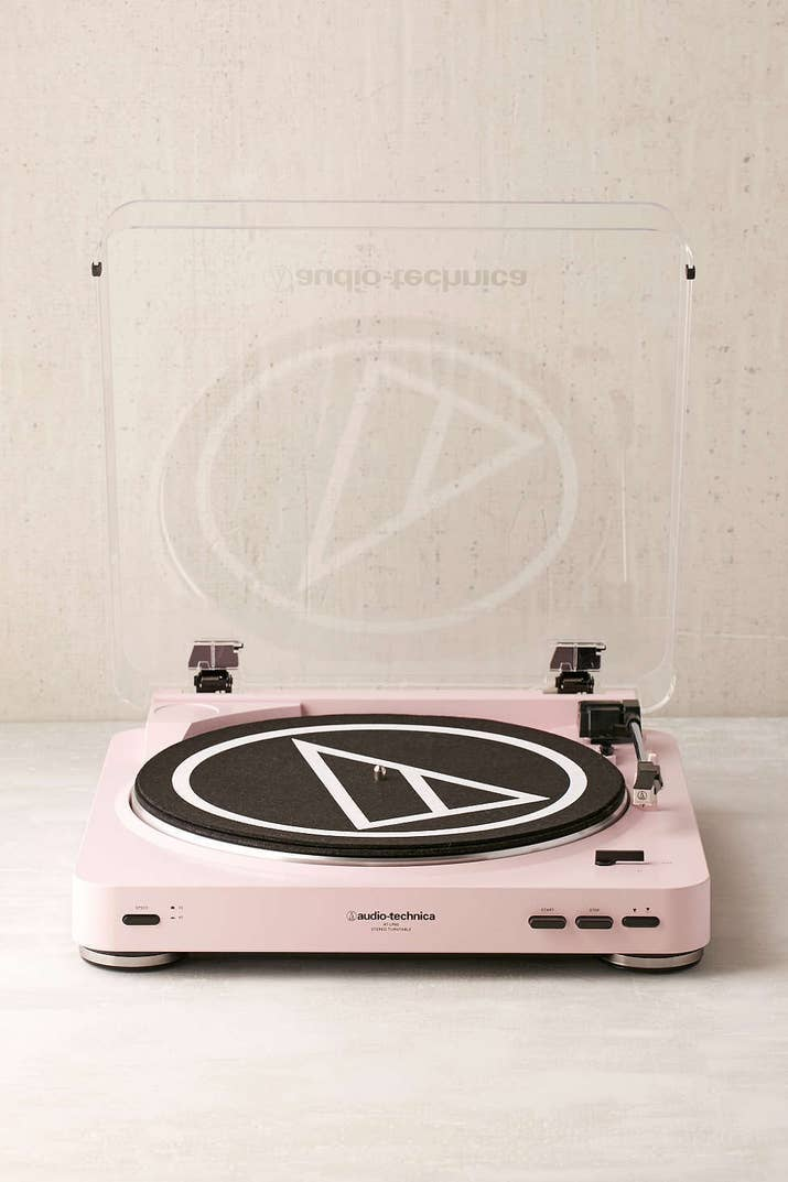 4 This Turntable For Cly S Who Love Their Old School Records