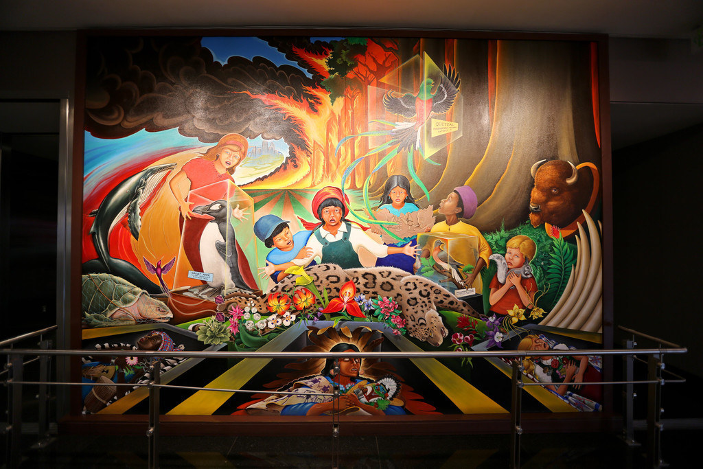 8 conspiracy theories about the denver airport that 39 ll for Denver international airport mural