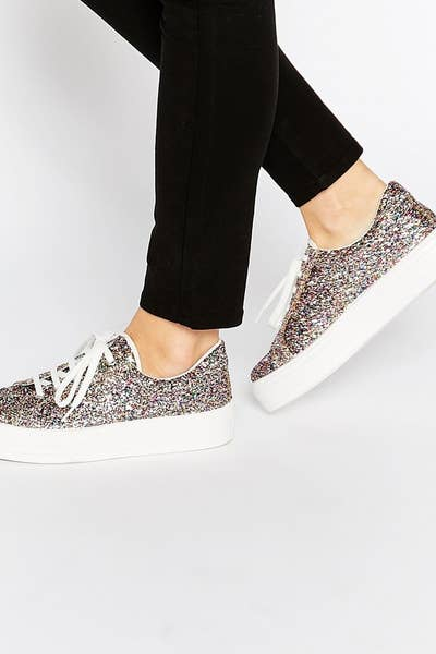 688fe6f05ea9 30 Gorgeous Pairs Of Sneakers You ll Want To Wear Every Day