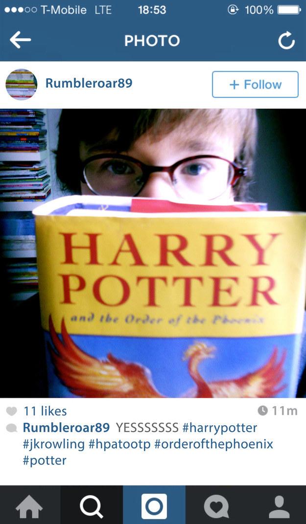 Tu timeline de Instagram habría estado inundada de fotos de los libros de Harry Potter cada vez que uno era publicado.