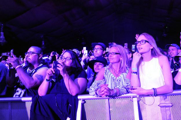 La emoción del público en Coachella.