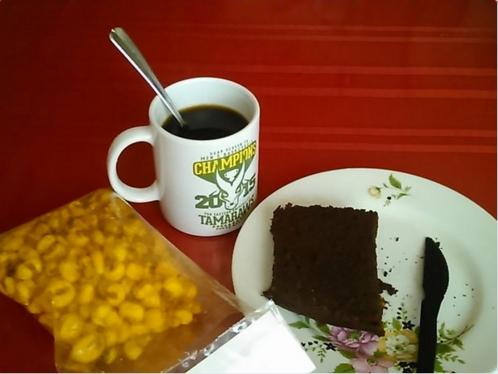 Comiste postre en el desayuno, almuerzo y cena, porque es la única cosa que compras de manera regular: