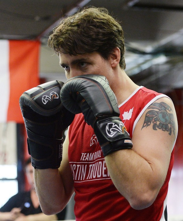Justin Trudeau Went Boxing And It Was The Fuckboy Of Photo Ops