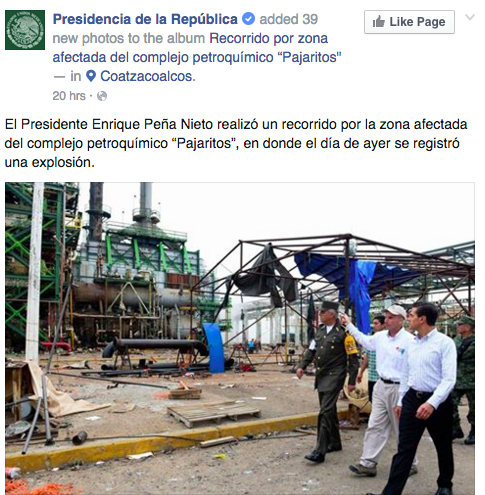 """President Enrique Peña Nieto visited the disaster area in the petrochemical complex 'Pajaritos' where an explosion occurred yesterday."""