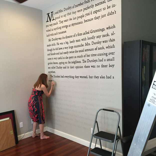 This Woman Painted The First Page Of Harry Potter On Her Wall Harry Potter  Bedroom Wallpaper. Harry Potter Bedroom Wallpaper