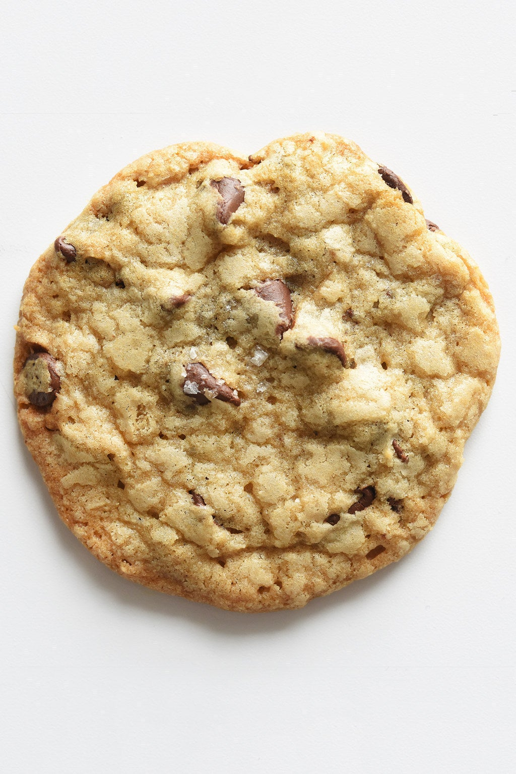 How To Make Tasty Bakery-Style Chocolate Chip Cookies