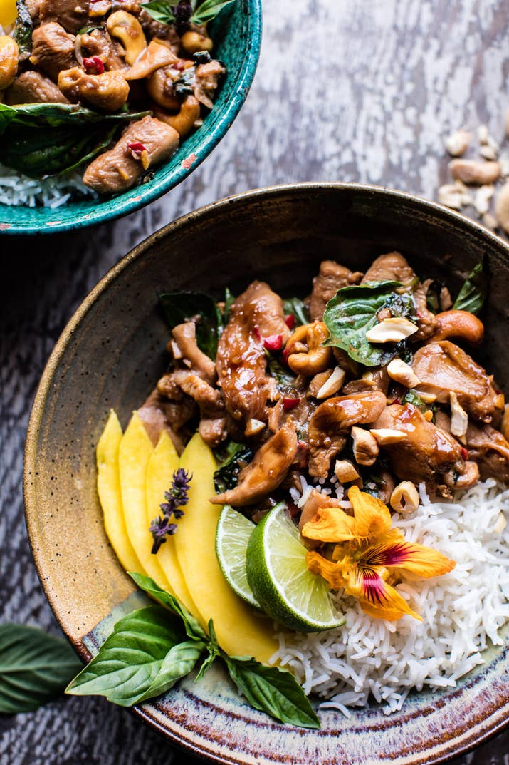 20 minute dinner recipes you should totally bookmark 3 basil cashew chicken forumfinder Gallery