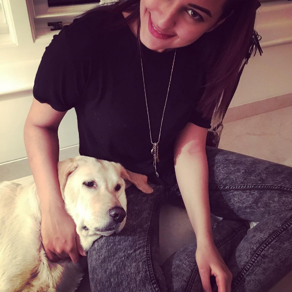 Sonakshi Sinha acted as honorary pillow hooman to a little floof.