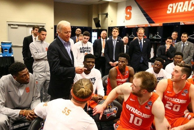 Joe Biden Tried To Cheer Up The Syracuse Basketball Team After Their