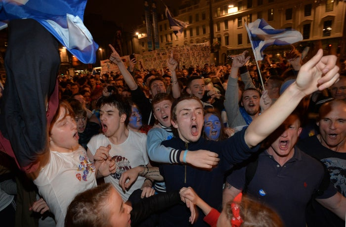 """Supporters at a """"Yes"""" rally in Glasgow as the polls closed for the Scottish referendum in September 2014"""