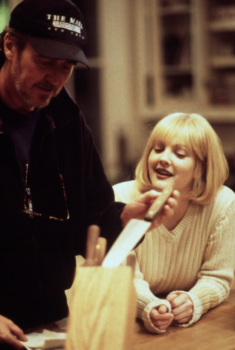 Wes Craven y Drew Barrymore, Scream.