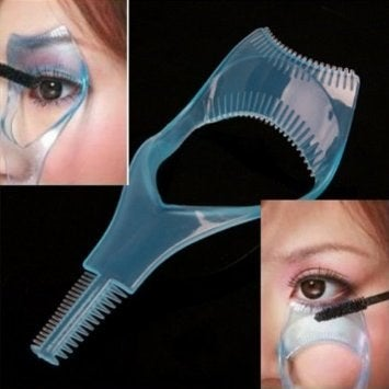It also has a comb to help separate your lashes resulting in clump-free application. Price: $5.48 on Amazon.