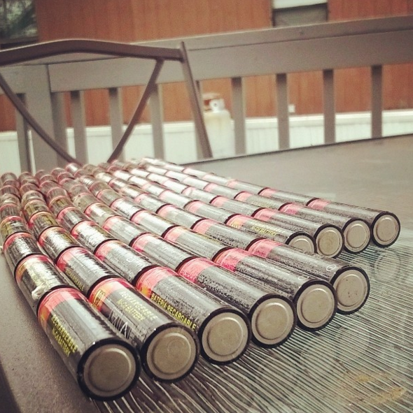 Ahorra dinero invirtiendo en baterías recargables.