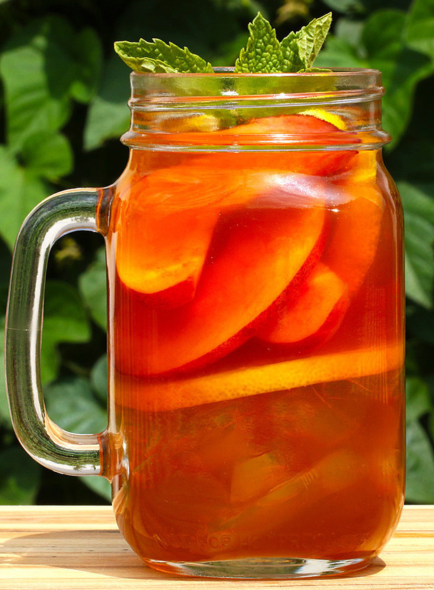 Here 39 s a drink recipe for peach iced tea whiskey for Iced tea and whiskey drink