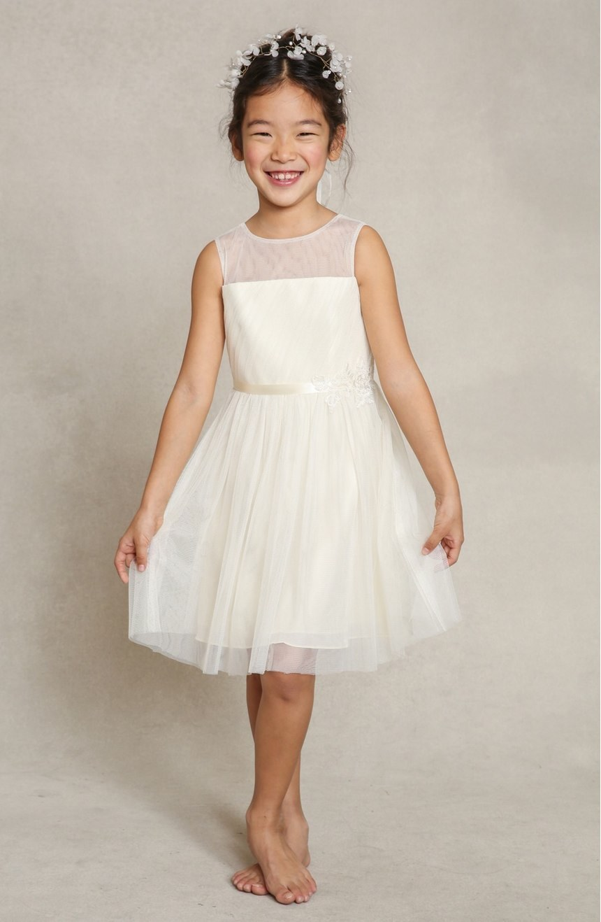 12 Flower Girl Dresses That Are Better Than Grown Up People Dresses