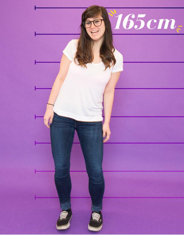 Shannon mide 165 cm, sale con hombres y ha conseguido que le guste su altura tras luchar cuando tuvo un desarrollo precoz.
