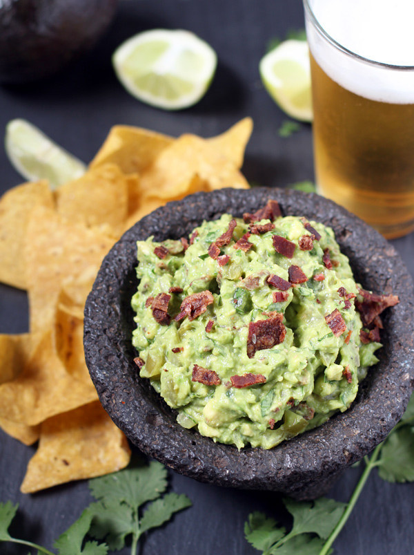 16 Delicious Dips You'll Love If You Like Mexican Food
