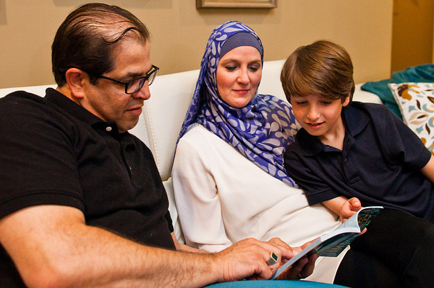 tennessee muslim Parents across tennessee are taking on the state's political and educational establishment over islam-centric seventh grade standards.
