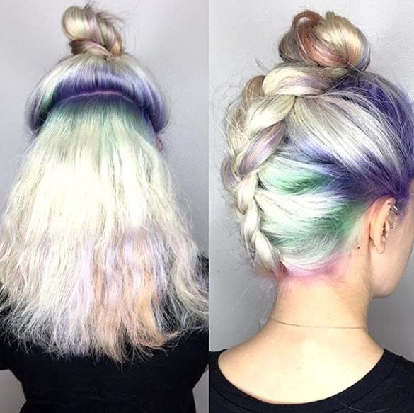 Una de las tendencias más recientes en pintura de cabello son las raíces coloridas.