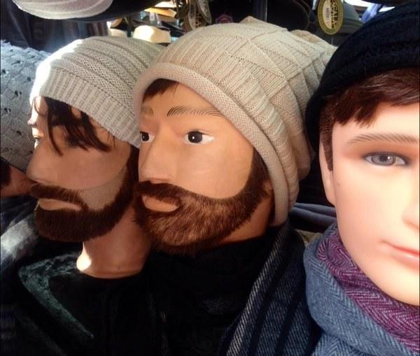 Estos aterradores maniquís con barba que demuestran que ser hipster se ha vuelto mainstream.