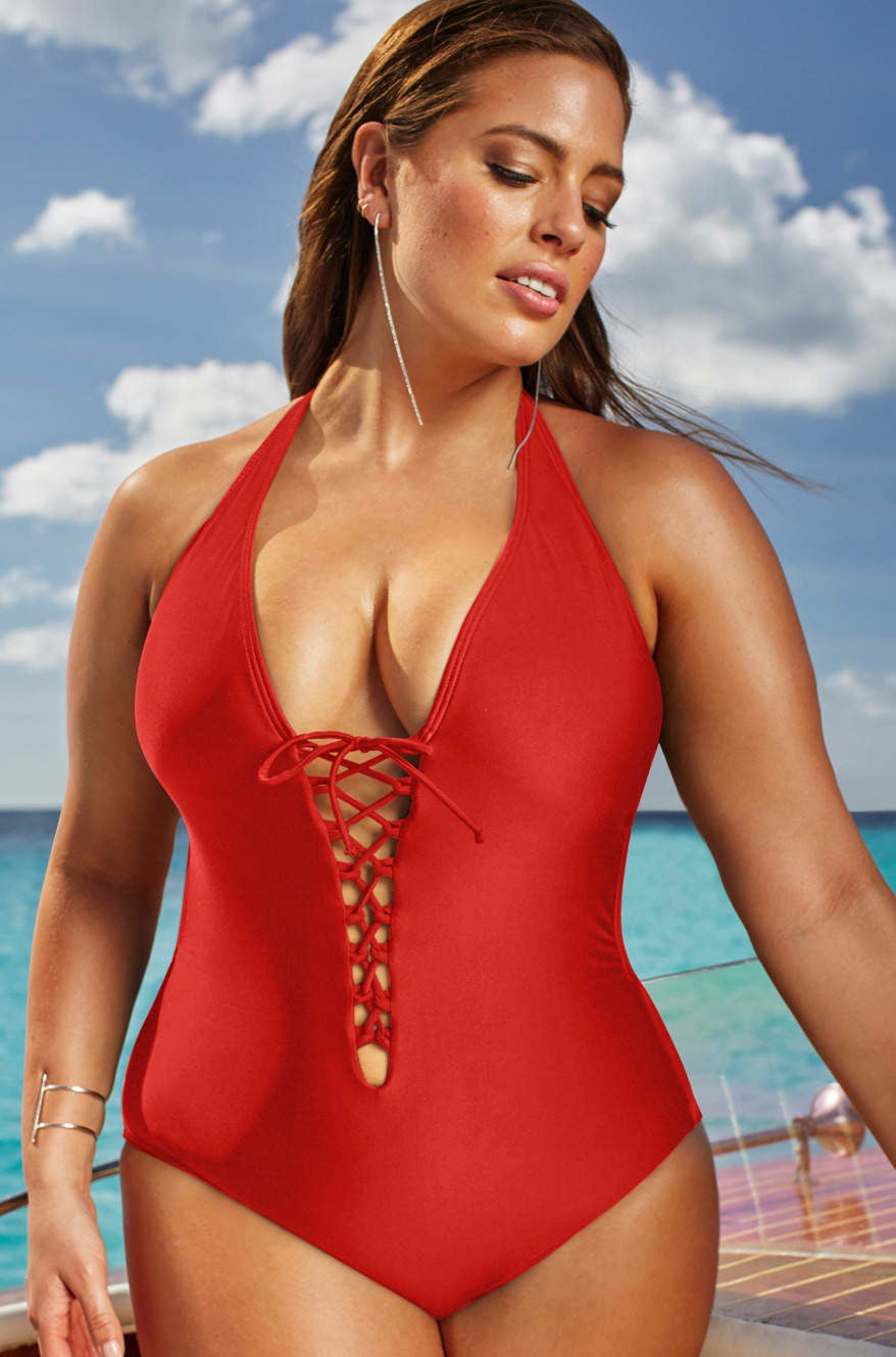 we tried ashley graham's new plus-size swimsuits and they're fierce af